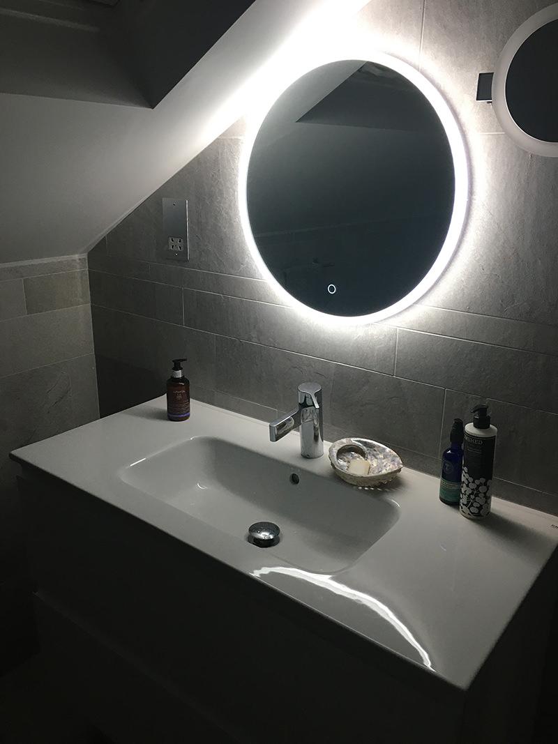 Crosswater Infinity Led Illuminated Round Mirror If Mirror