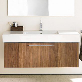 Freestanding bathroom furniture bathroom cabinets qs for Bathroom vanities uk