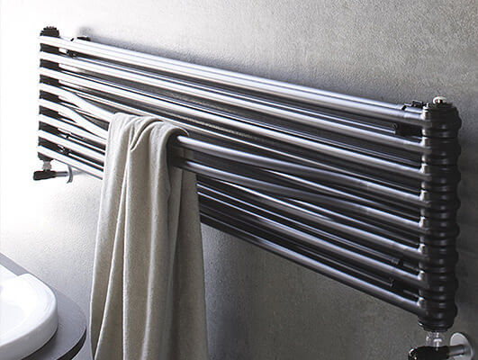 Comb stainless steel heated towel rails